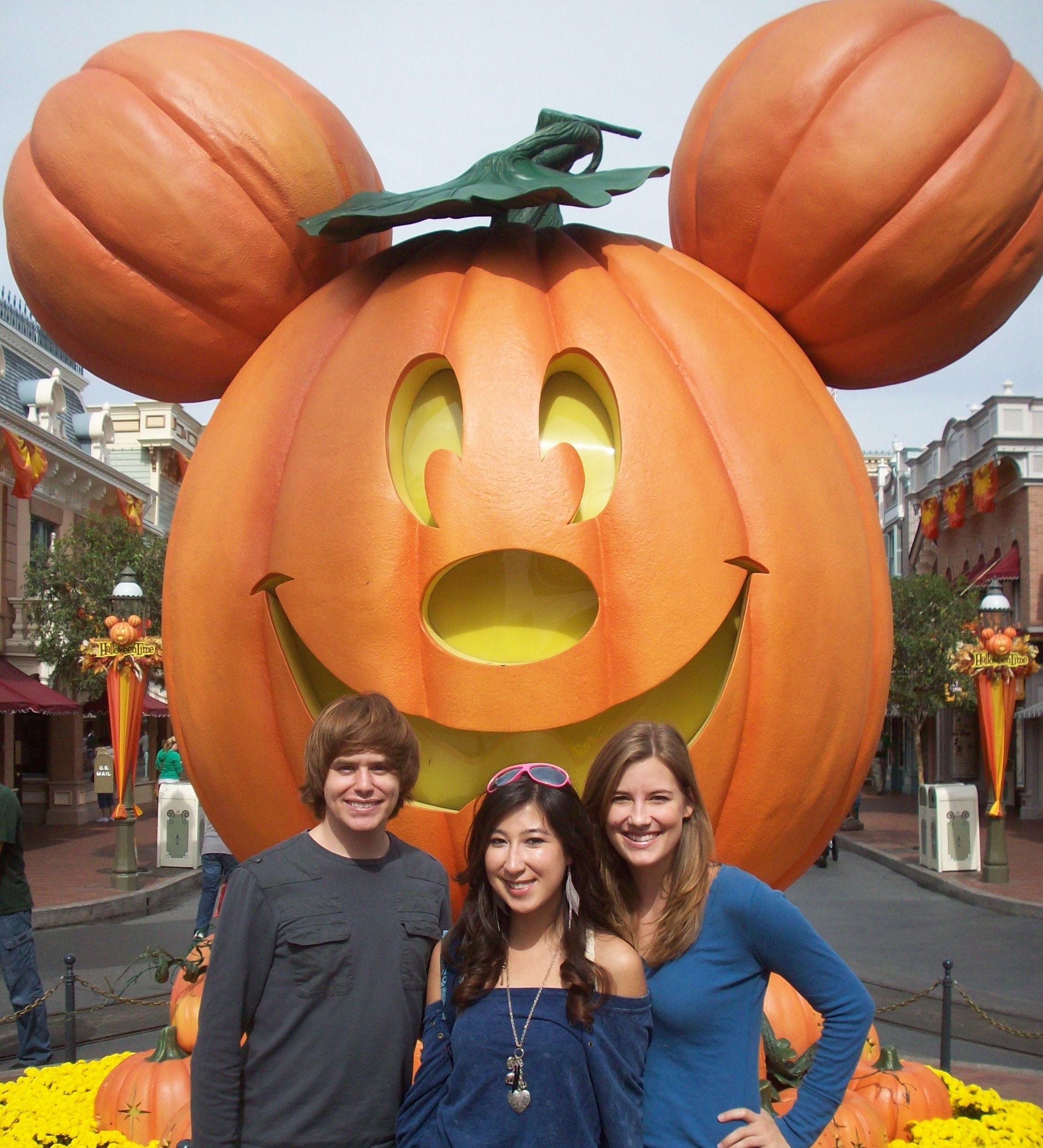 Great Pumpkin Front