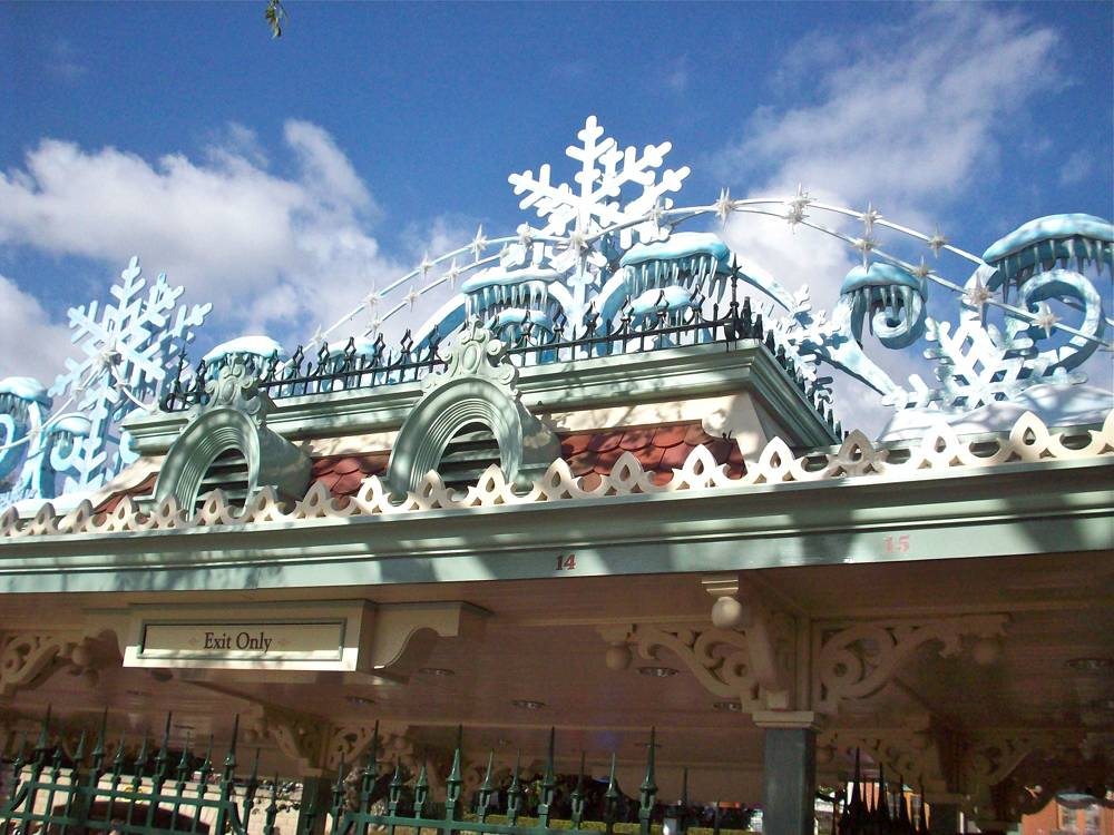 Disneyland Snowflake Entrance
