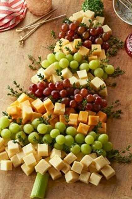 Grape and Cheese Christmas Tree Platter