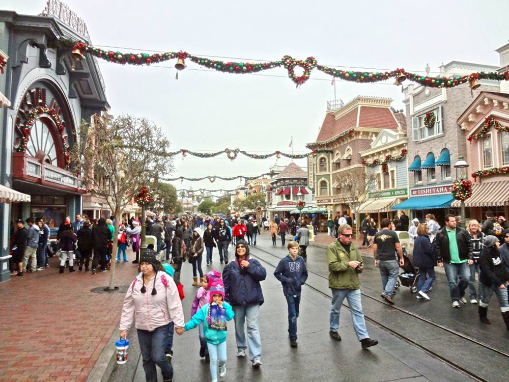 Main Street Christmas Decorations
