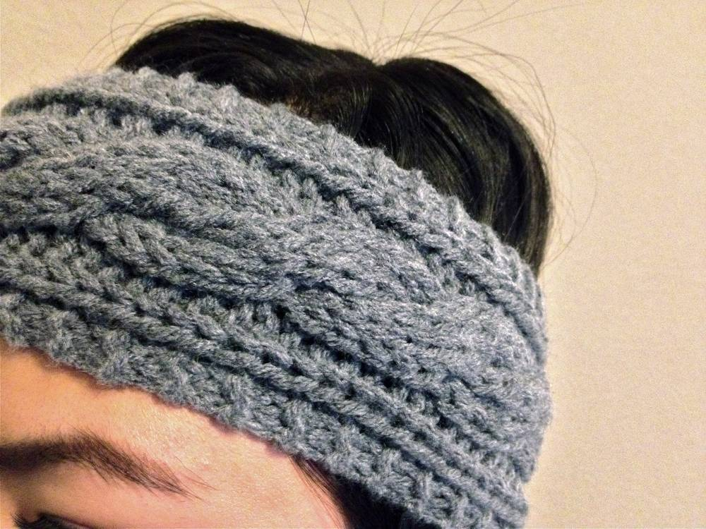 Close Up of Cable Knit Headband