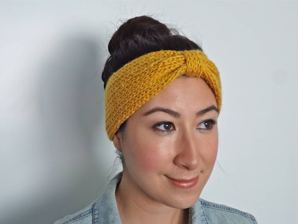 Free Knit Bowtie Headband Pattern