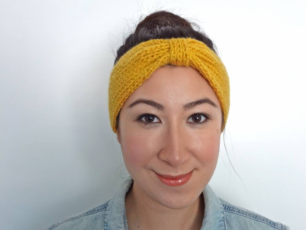 Knit Bowtie Headband Pattern