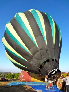 Setting Up the Hot Air Balloon in Temecula